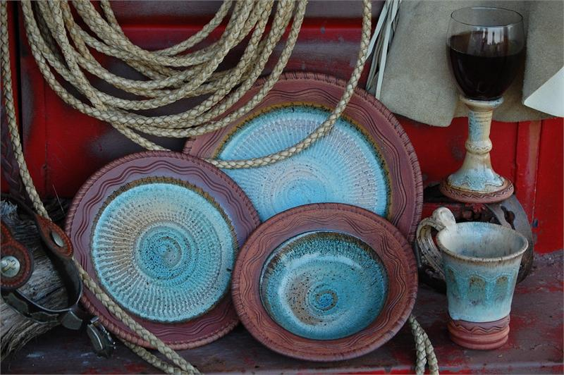 Reata Dinnerware, Touch of Art Pottery