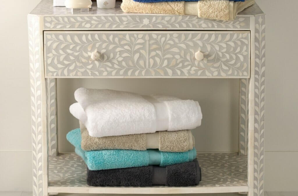 8 Steps To The Perfectly Stocked Guest Room